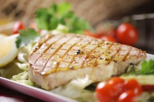 Grilled healthy tuna steak dollar club