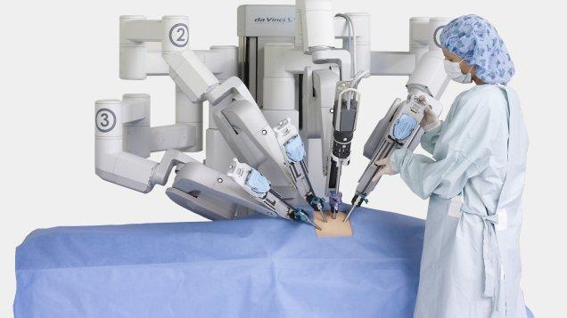 da-vinci-robot-handout_wide-65a56675b7c19da729a83a3378bdd071d7d5cfc6-s1500-c85